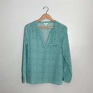Joie 100% silk blouse in white and turquoise print
